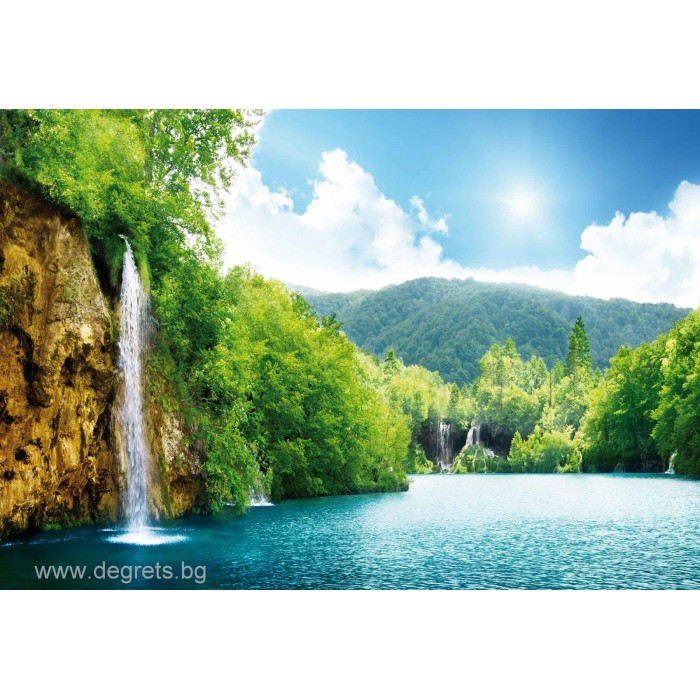 Фототапет Водопад при езерото