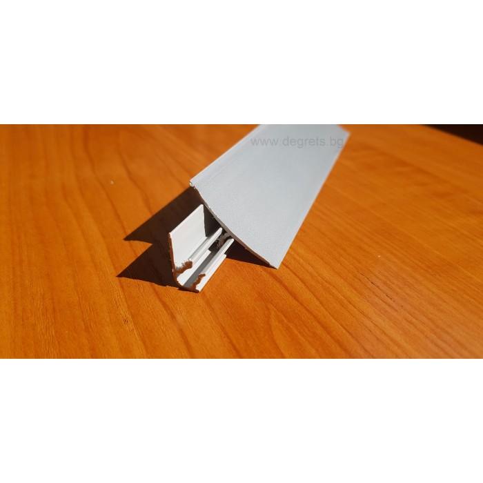 Водобранна лайсна сив металик 3м