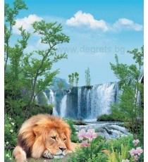Фототапет Лъв пред водопад